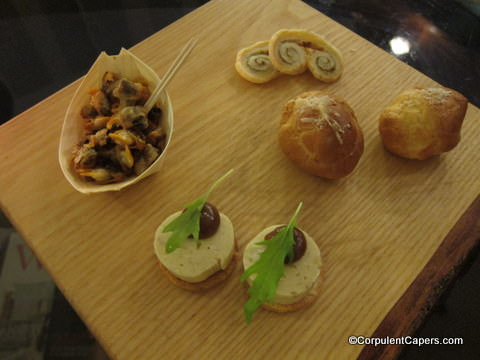 Picture of Canapes at Llansantffraed Court Hotel
